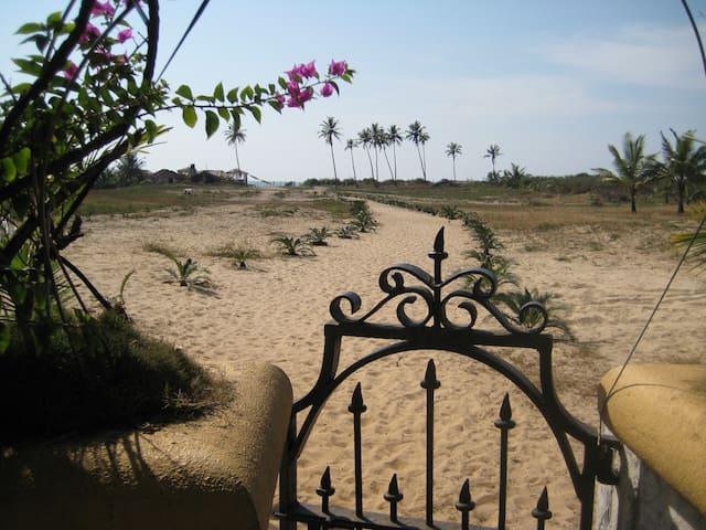 Awesome Beach Villa in Goa - Колва - Квартира