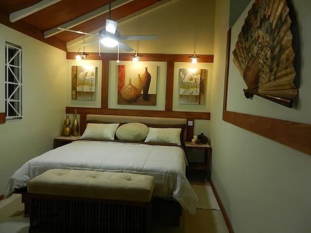 #7 Cozy Luxury 1-Bedroom - Kingston - Appartement