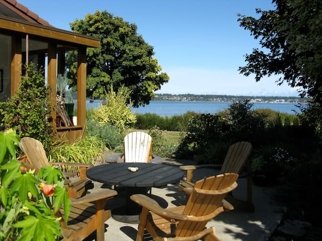 Beautiful Ocean Front Cottage  - Royston - Hus