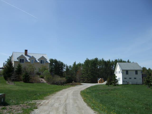 Moment's Peace Farm Guest House - Hollis Center - Leilighet