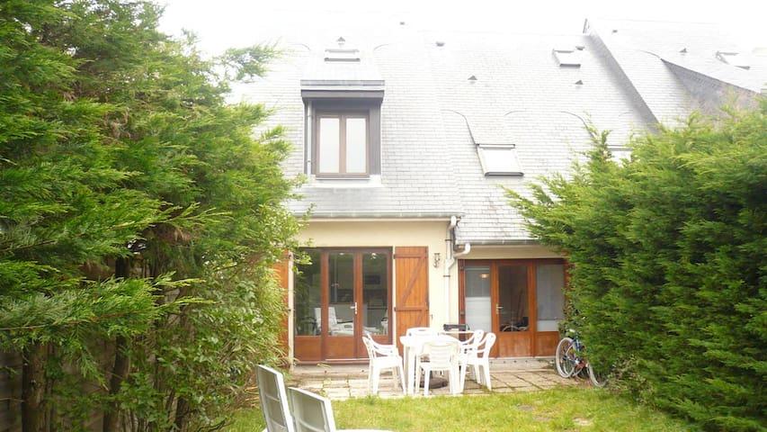 House normandy on the beach - Merville-Franceville-Plage - Hus