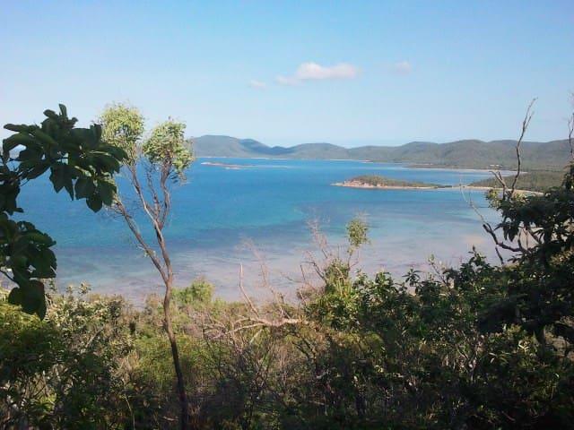 Hydeaway Bay Beach Hut, Whitsundays - Hideaway Bay - Cabaña