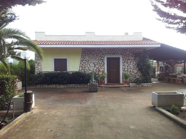 Villa among the olive trees Puglia - Ruvo di Puglia - Villa
