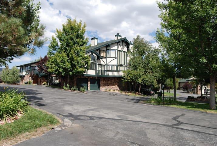 Summer/Winter dream vacation condo - Big Bear Lake - Apartamento
