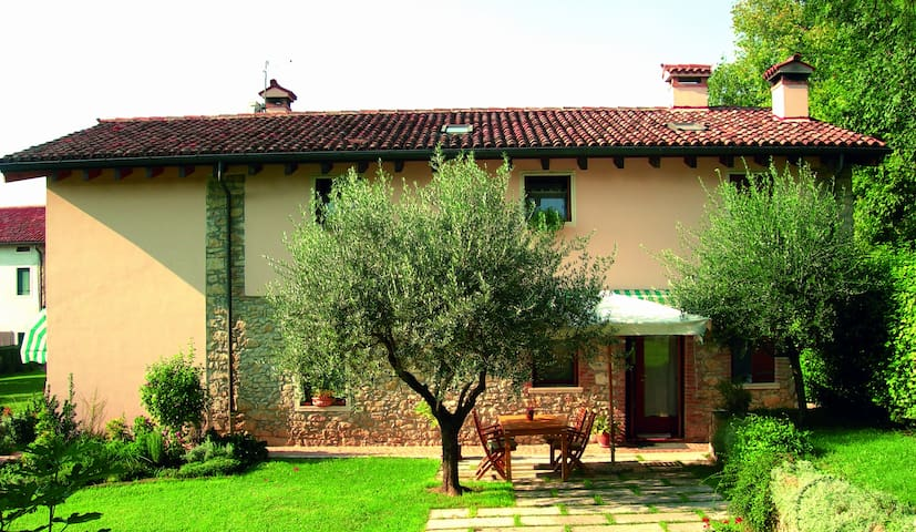 B&B Paraiso - Tradition and Relax - Creazzo - Bed & Breakfast