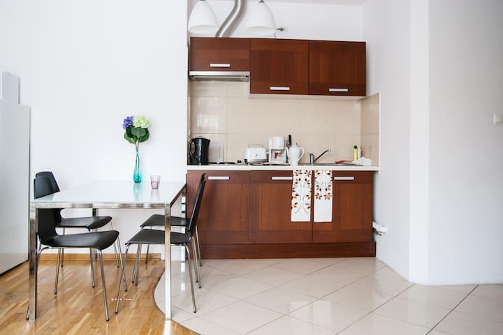 Royal Park  Apartment + WIFI - Warsawa - Apartemen