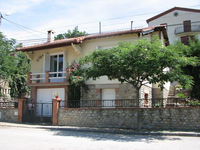 Villa au pied du Mont Canigou - Vernet-les-Bains - Villa