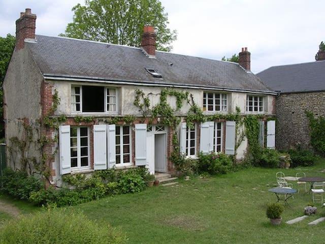 Maison de charme Vexin français - Dampsmesnil - Hus