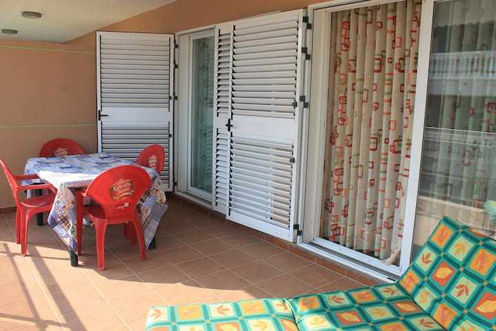 Kids friendly apart. 2 min to beach - Grao de Moncofa - Leilighet