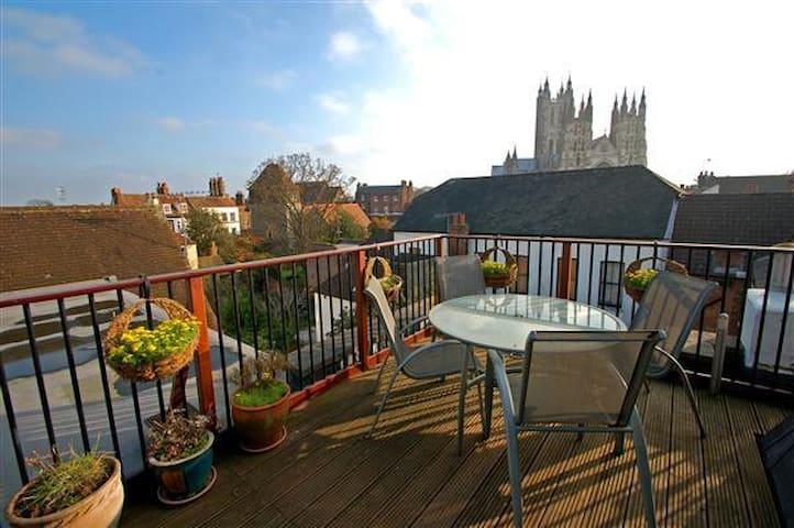 Single room in Canterbury Penthouse - Canterbury - Apartemen