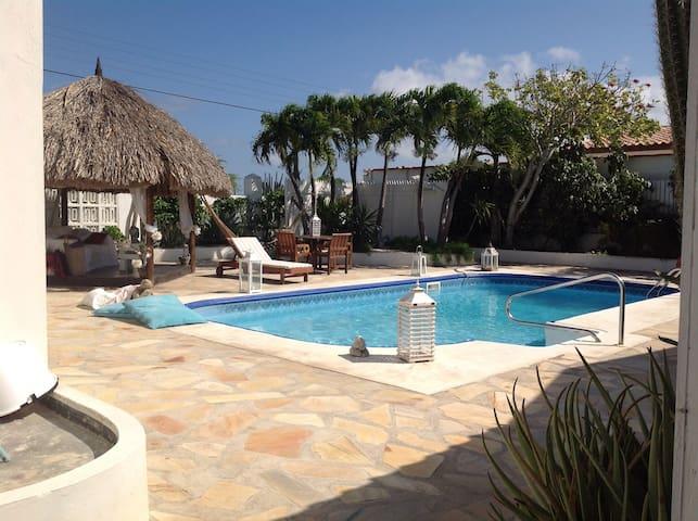 La Casita cerca de la playa   - Aruba