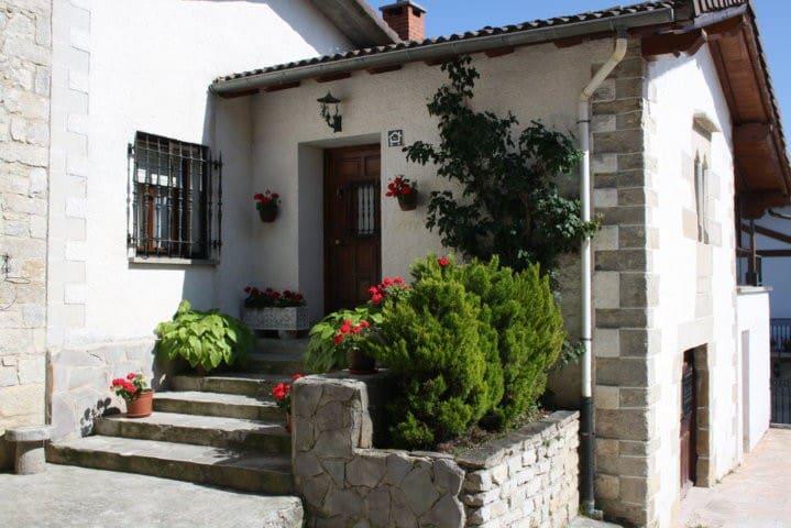 Casa Rural Platero I cerca Pamplona - Cildoz - Huis