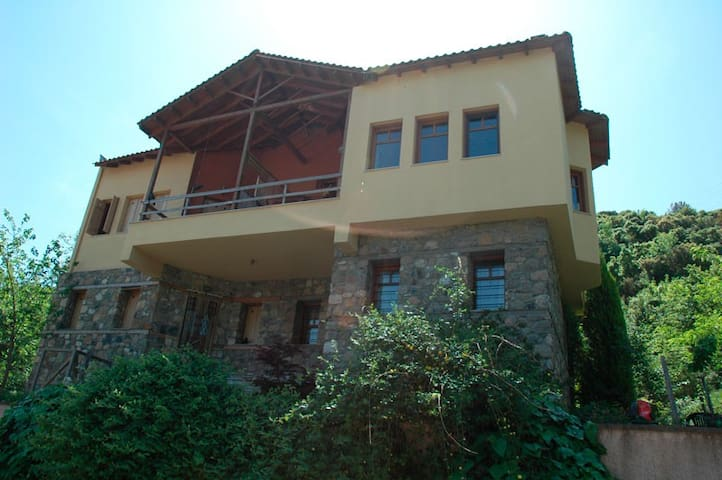 Private House with View in Stavro - Paralia Stavros - Vila