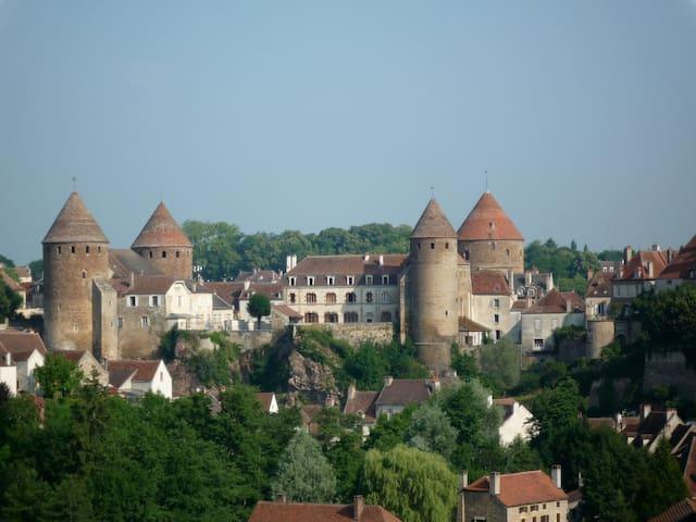 Burgondy 4**** 55 mn from Beaune - Semur-en-Auxois - Casa
