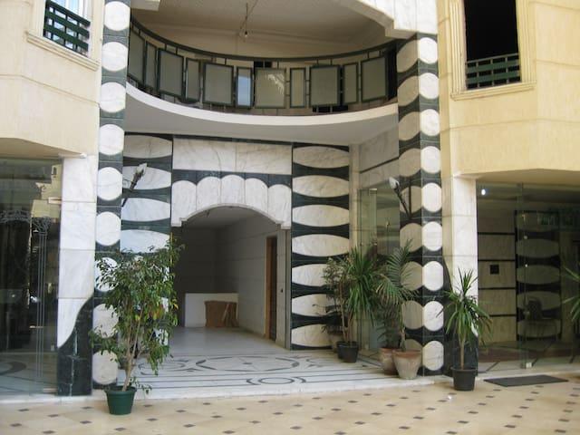 Furnished Flat in Gleem-Alexandria - 亞歷山大 - 公寓