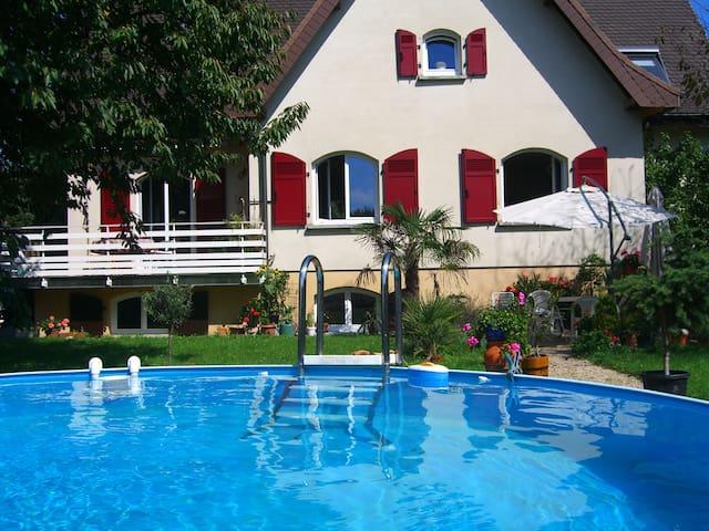 Ruhige 2,5 Wohnung nähe Bàle CH, (URL HIDDEN) - Hégenheim - Wohnung