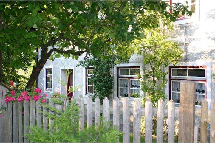 Apartments in old farmhouse - Hohenlinden - Apartmen