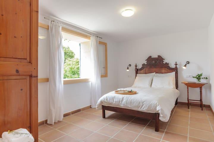 Guest house with private garden - Lloseta - Departamento