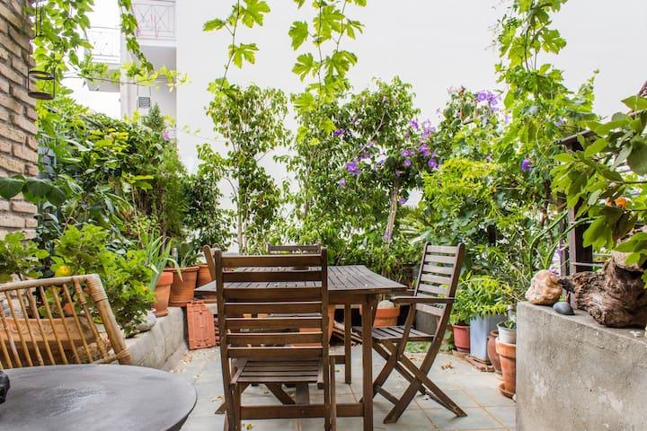Small hostel with garden in Mets - Aten - Hus