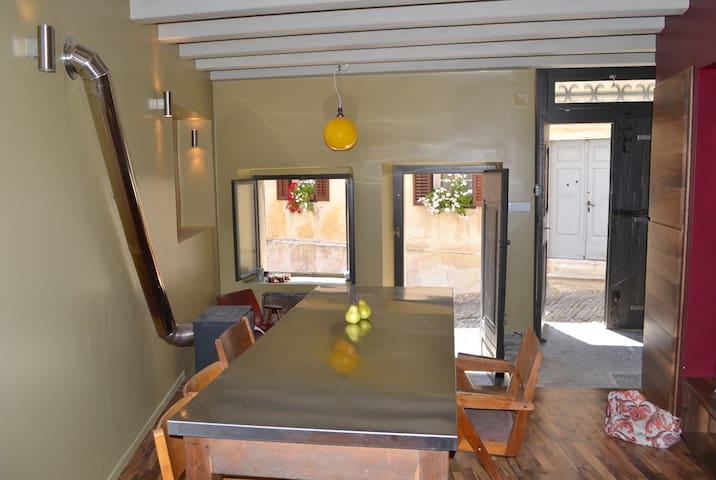 Motovun House on Hilltop - Motovun - Casa