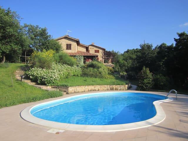 Colle della Sibilla - country house - Sarnano - Maison