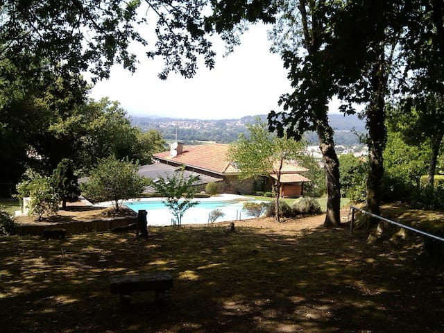 Country refuge with swimming pool - Valença - Villa