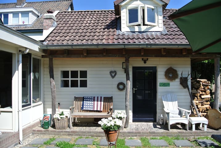 Bed & breakfast Cottage Oosterbeek. - Oosterbeek - Stuga