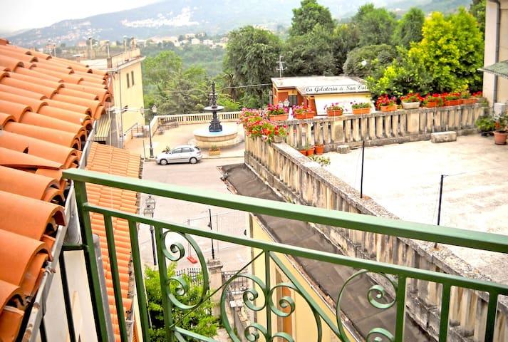 Antica e graziosa casa di montagna - San Valentino In Abruzzo Citeriore - Huis
