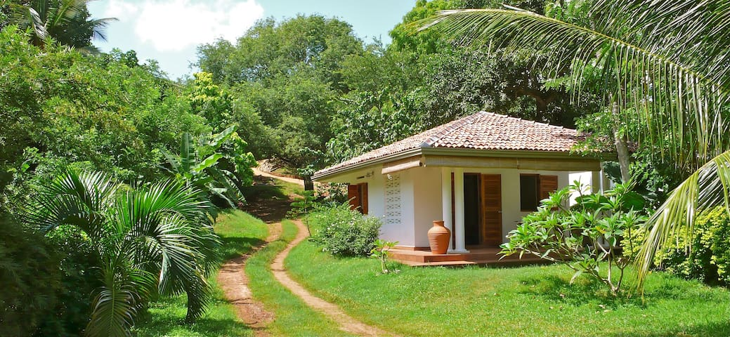 Little House in Paradise - Tangalle - Talo
