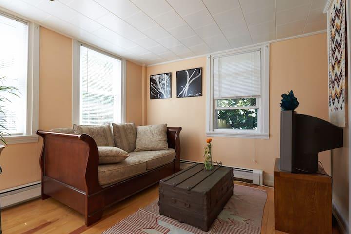 Cozy Studio in Town! - Rockland - Appartement