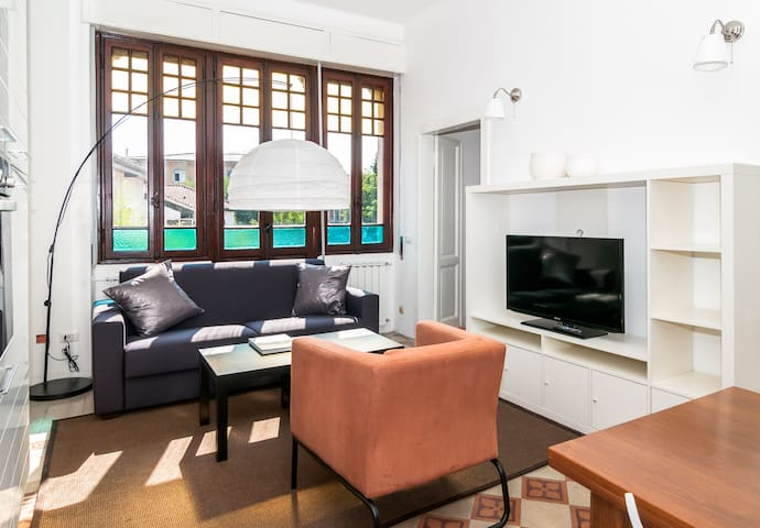 THE HORSE CARRIAGE HOUSE 2 bedrooms - Besozzo - Leilighet
