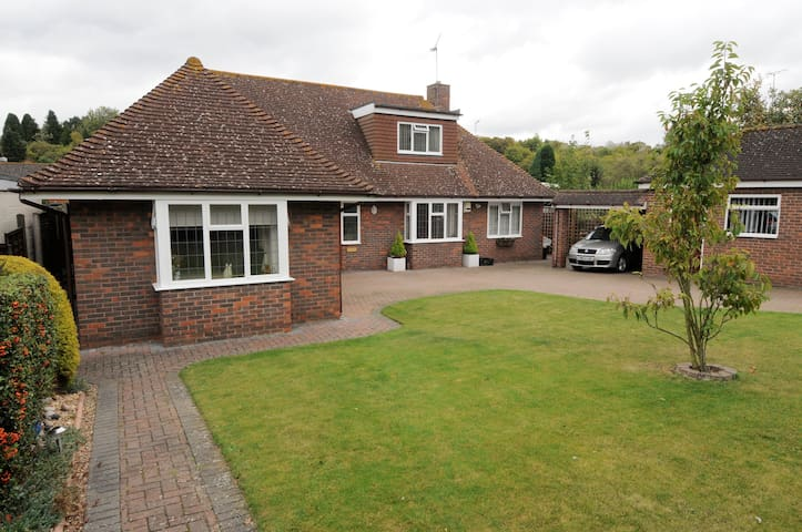 Self catering room for 3 in Kent nr Gravesend - Gravesend - Appartement