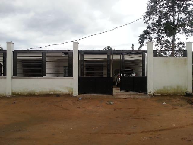 Maison à Louer Douala Cameroun  - Douala  - Ev