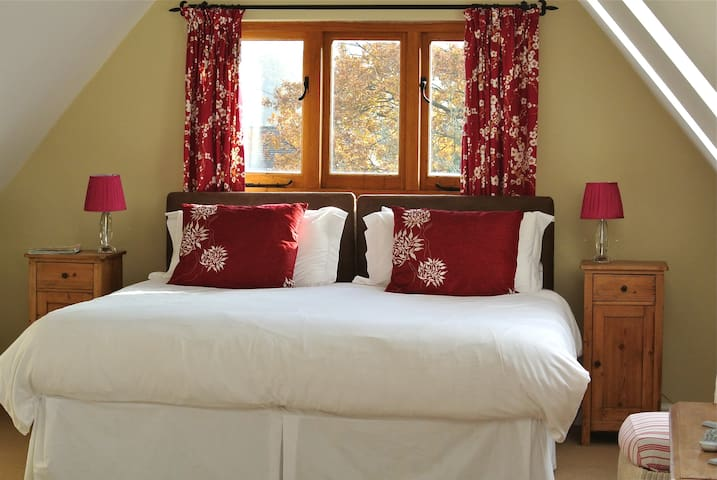 B & B in barn style building - Etchingham - Bed & Breakfast