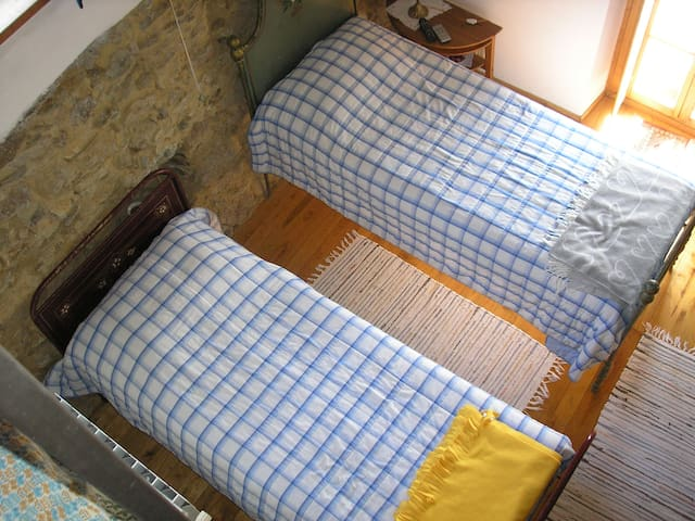 Nice double room in the countryside - Rossiglione - Bed & Breakfast