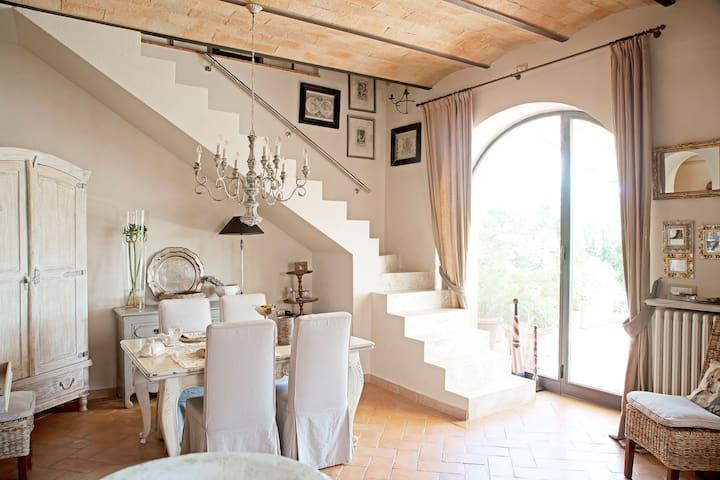 Corner of Provence B & B in Chianti - Tavarnelle Val di Pesa - Bed & Breakfast
