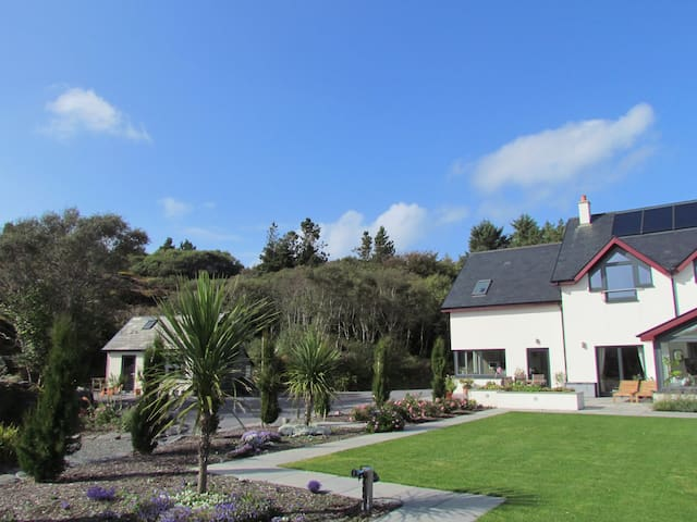 Romantic Hideaway. Pool and Beaches - Ballyrisode - Appartement