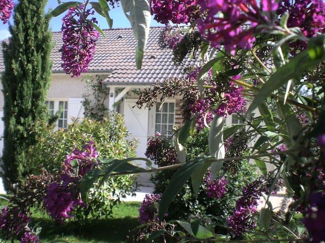 LA CABOTTE BEAUNE Maison paisible - Beaune - Casa