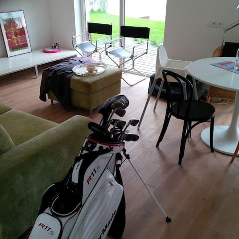 Golf Villa in Penati Golf Resort - Šajdíkove Humence - 牧人小屋