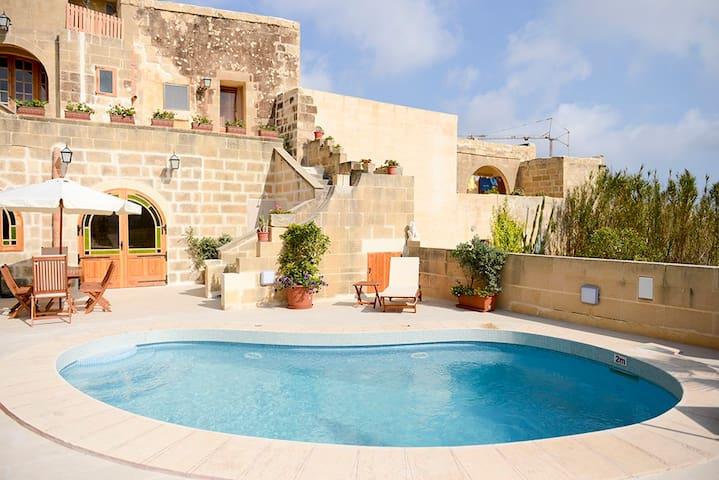 Mithna Tal Patrun - L-Għarb - Diğer