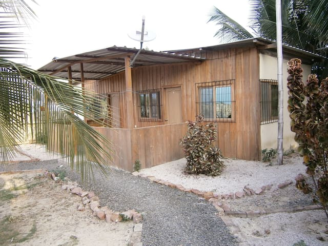 Ocean Cabin with 1 room - Crucita - Haus