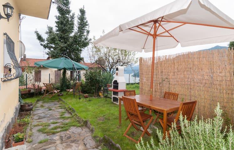 LAGO MAGGIORE Borgo Veddo(Maccagno) - Maccagno - Huis