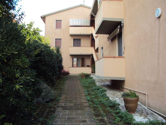 From Sandrino-apartment in Maremma - Magliano In Toscana - Appartement