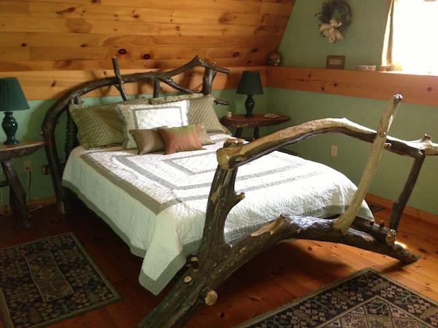 Cozy Renovated Barn on 122 acres - Shinglehouse - Pousada