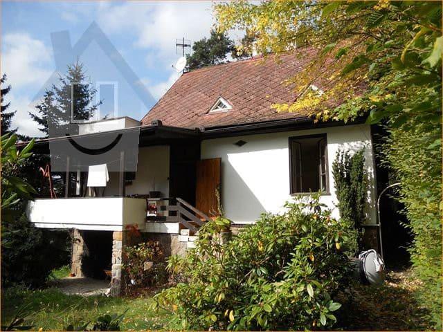Lovely lake house in Jevany/Prague - Jevany - Hus