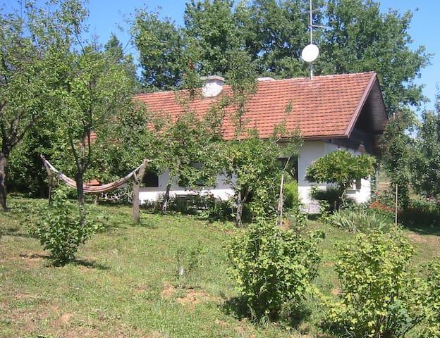 Apple Tree Cottage - Sleeps 6+2 - Krška Vas - Ev