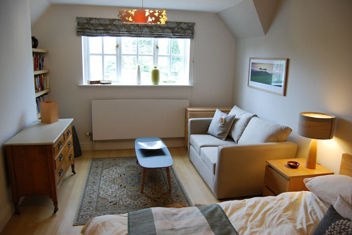 self-contained double apartment - Sutton Courtenay - Huis