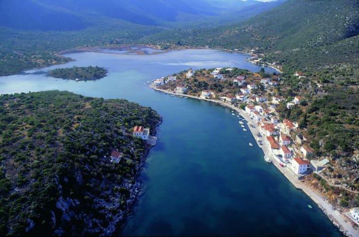 Εκπληκτική θέα στην λιμνοθάλασσα. - Limin Ieraka - Dom