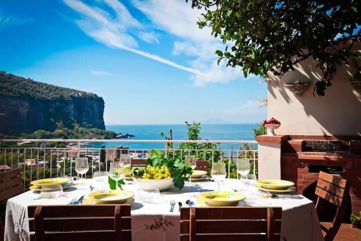 Villa Sorrento Coast - Vico Equense sea front - Vico Equense - Rumah