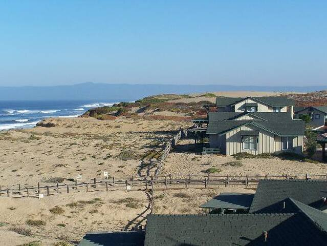 Monterey 2bd/2 ba Condo on the Beach - Marina - Apartamento